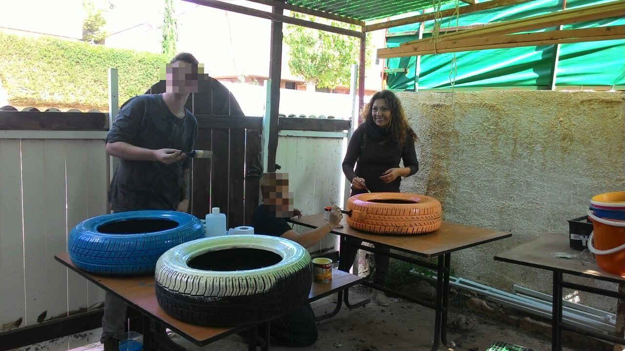 הוסטל בית לאה חוגג את טו בשבט (5)