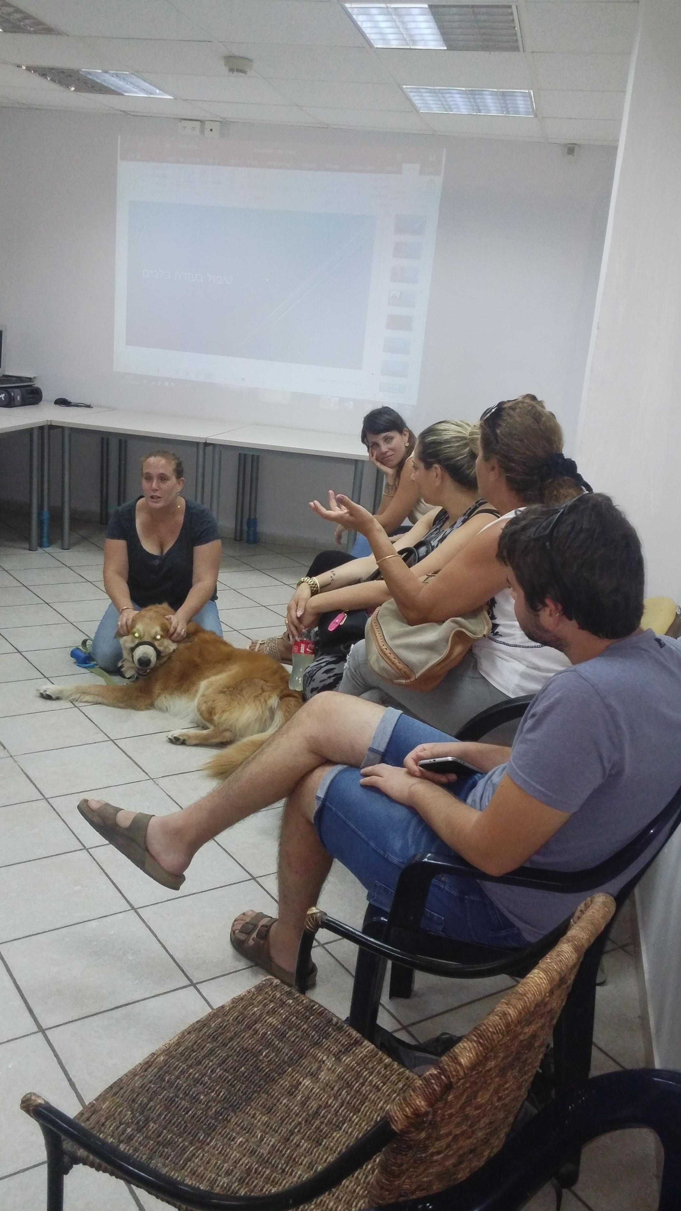 הרצאה בנושא טיפול בבעלי חיים- דיור מוגן בש  (3)