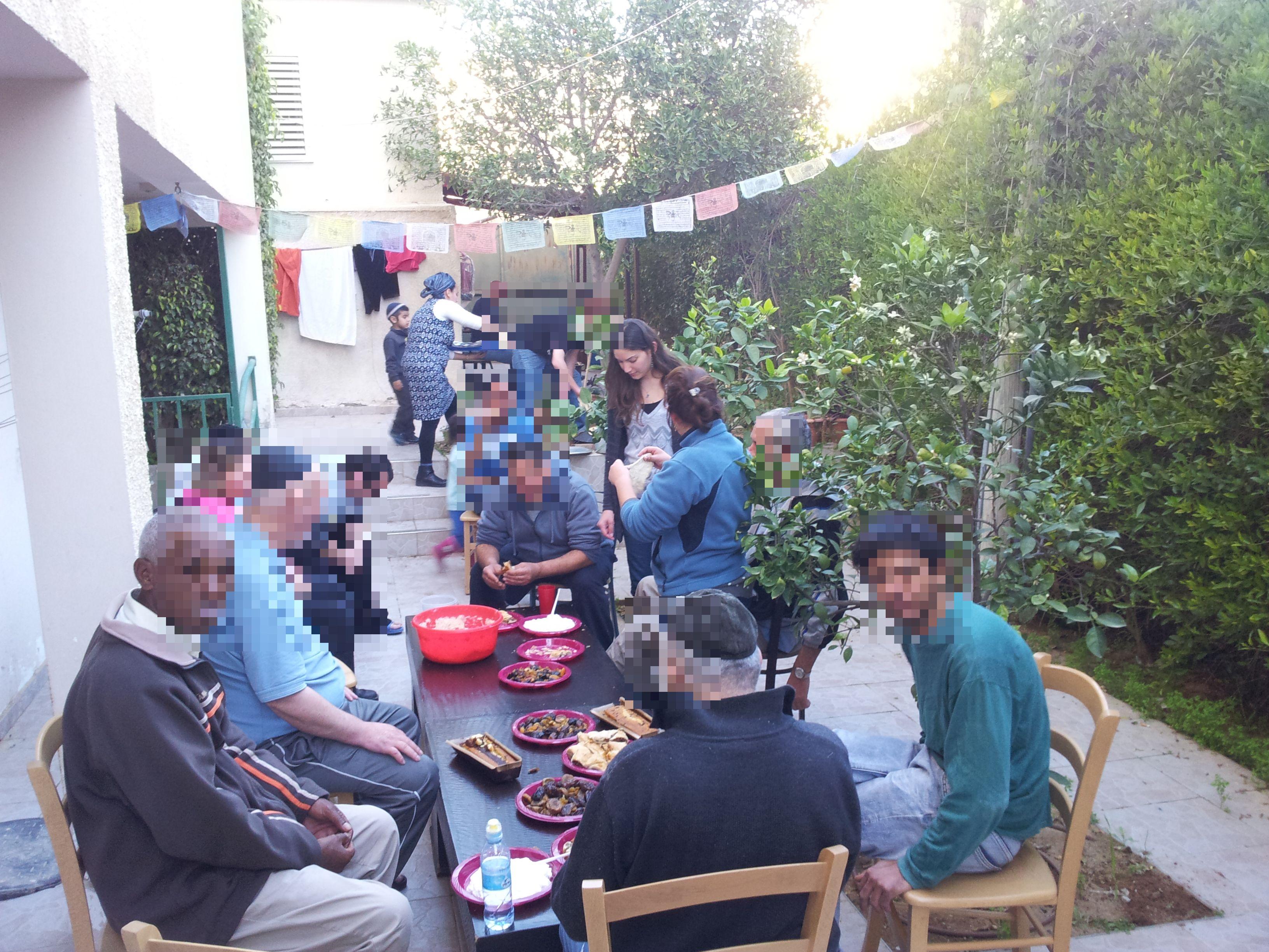יום גינון וציון טו בשבט- הוסטל בית מרחבים (3)