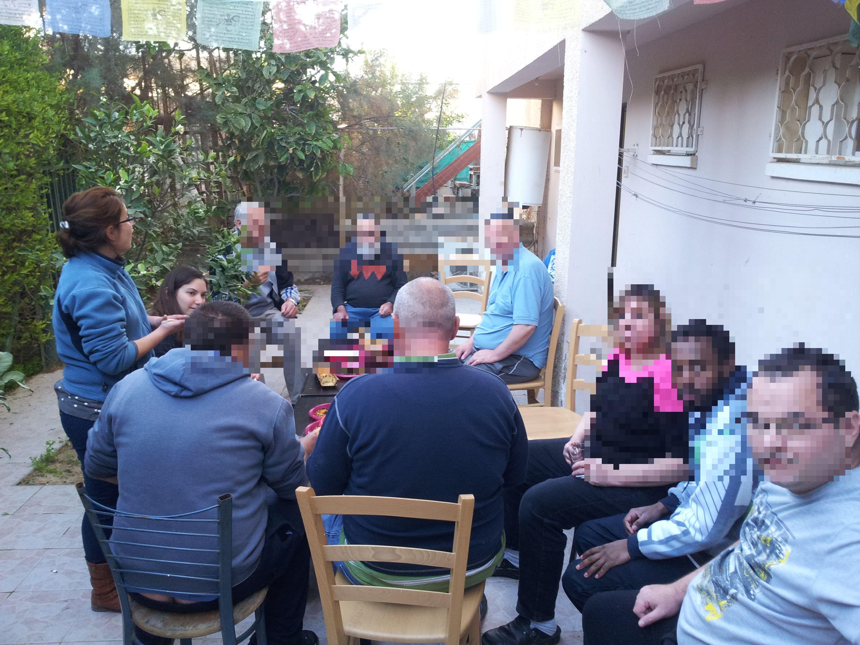 יום גינון וציון טו בשבט- הוסטל בית מרחבים (4)